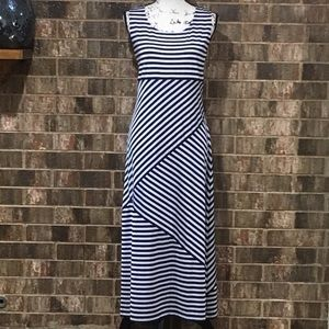 EUC KASPER Stunning Navy & White Striped Maxi